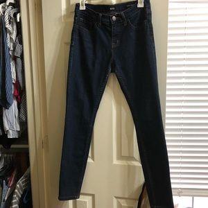 BDG Mid Rise Skinny Jeans Waist: 28 Length: 29